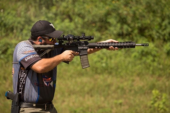 Best Rifle Scope: Definitive Guide From Choosing to Maintain Your Optics